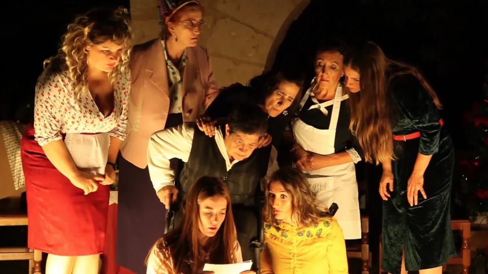 8 mujeres – Teatro Traudes en Cuevas
